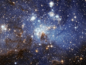 Large_and_small_stars_in_harmonious_coexistence